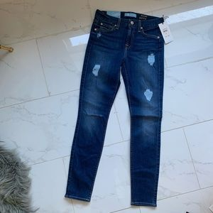 7 For All Mankind NWT size 25